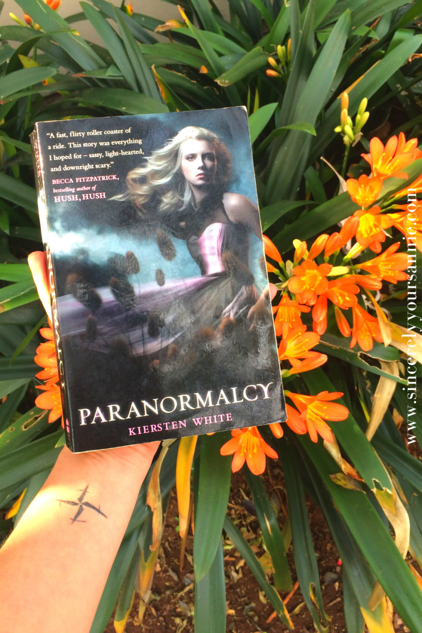 Paranormalcy by Kiersten White {BookReview}